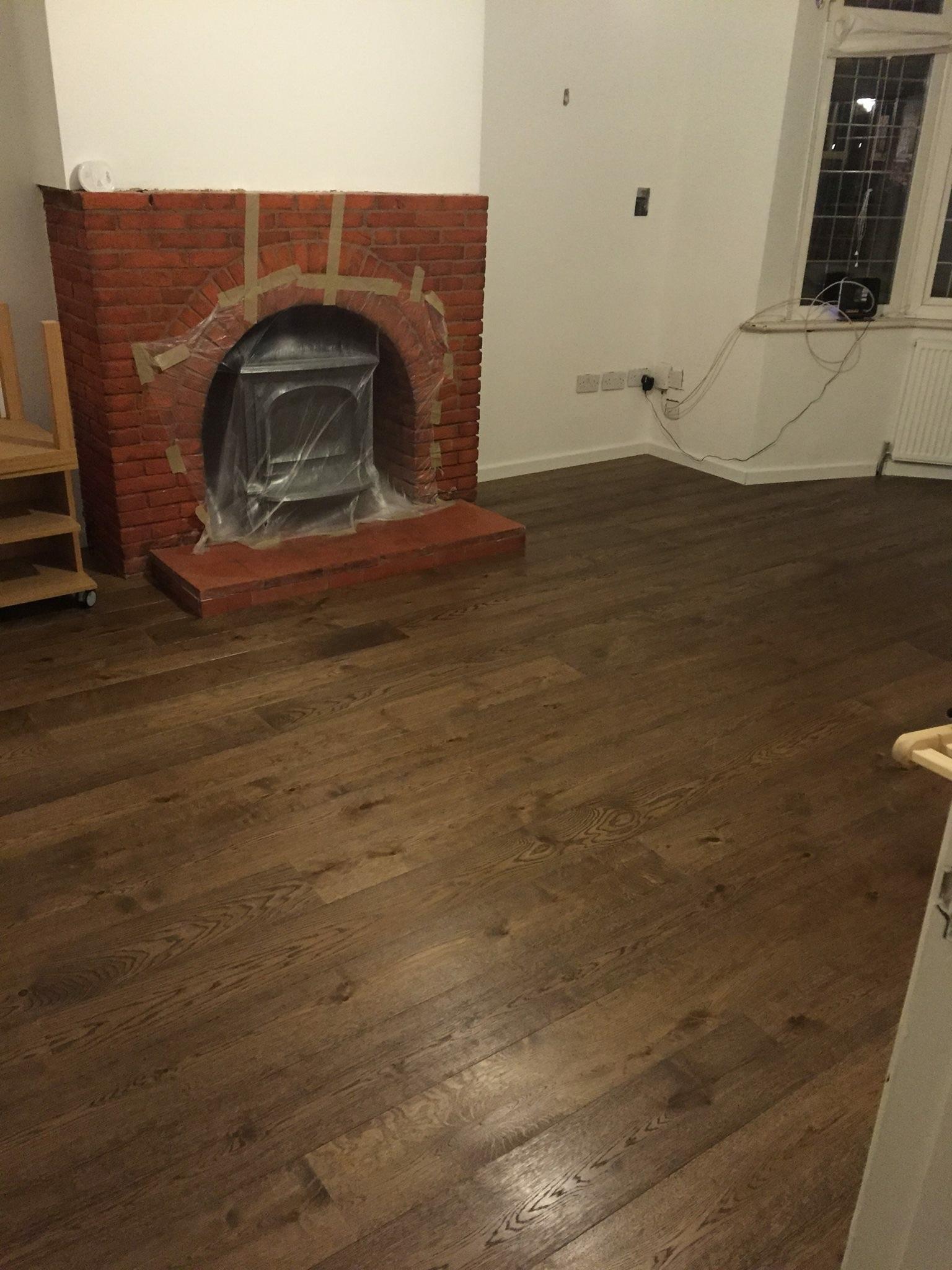 1 eal Wood Flooring Solid Wood Flooring Fixflooring - ^